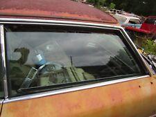 69 70 CADILLAC DEVILLE 2 DOOR RIGHT PASSENGER FRONT DOOR WINDOW GLASS 1969 1970