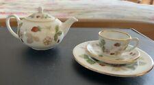 "More details for wedgewood miniature tea pot & trio ""wild strawberry"""