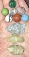 authentic indian arrowheads pre 1600 Lot Of 3 Arrowheads's And 7 Vintage Marbles