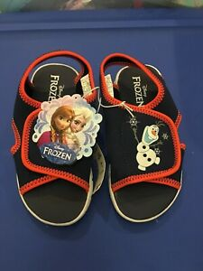 Brand New Olaf Frozen Sandals shoes size 10