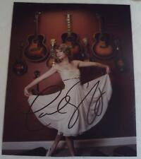 Beautiful TAYLOR SWIFT Autographed 8x10 Photograph Hand Signed AUTOGRAPH