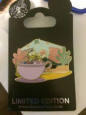 Disney Limited Edition, Donald and Daisy Duck Pin - Mad Tea Party