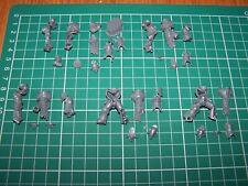 5 Chaos Space Marine Havocs Legs and Torsos bits