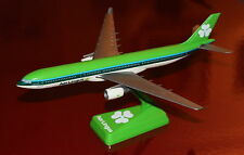 Airbus A 330 AER Lingus echelle  1/250 type wooster