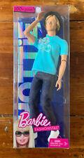 Barbie Fashionistas Ken Hottie 100+ poses Blonde T3188 - Mint