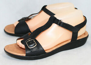 NWOB CLARKS COLLECTION Manilla Lift Sandal Wo's 9M Black T-Strap Slingback