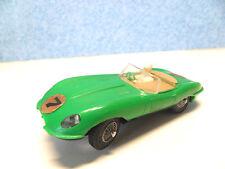 G 1  ) JAGUAR TYPE E cabriolet vert clair N° 7 ref: 350 A circuit routier JOUEF