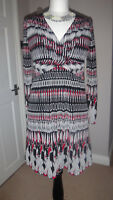 SPRIT Collection Beautiful dress Size M ( 12 - 14)