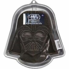 Wilton 2105-3035 Aluminum Star Wars Darth Vader Birthday Party Cake Baking Pan