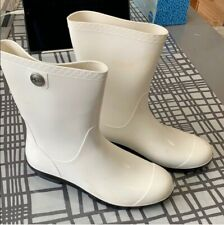 UGG new with Defects rubber White rain/snow boots lightly discoloration US 10