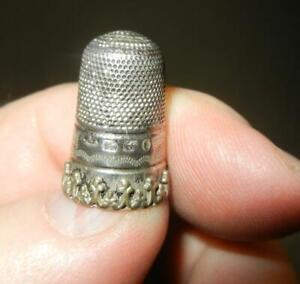 UNUSUAL ANTIQUE ENGLISH HALLMARKED STERLING SILVER THIMBLE