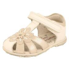 19 Scarpe bianche per bambine dai 2 ai 16 anni