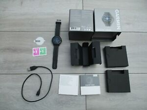 Garmin Vivoactive 3 Music GPS Smart Watch Black Great Condition Touch Screen Pay