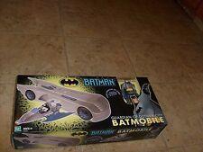 RARE Batman Animated BATMOBILE & FIGURE Vehicle NEW SEALED MISB HIGH GRADE BOX A
