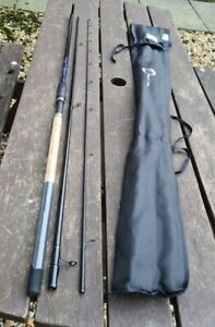 A FINE DAIWA D MATCH 11FT WAGGLER ROD LITTLE USED IN CORRECT MAKERS BAG