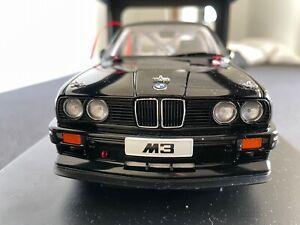 1/18 Autoart BMW E30 M3 DTM Black Plain Body Verison Rare Mint