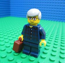 Lego Computer Programmer minifig minifigure man grey hair briefcase city town