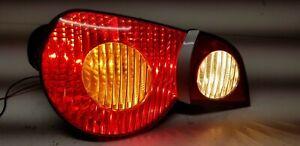 2003-2005 BMW Z4 (E85) LEFT DRIVER TAILLIGHT BRAKE LIGHT STOP LAMP