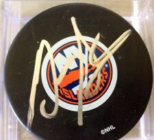 GARTH SNOW AUTOGRAPHED NEW YORK ISLANDERS HOCKEY PUCK