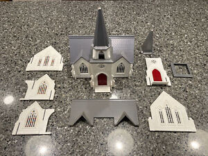 PLASTICVILLE | C-18 CATHEDRAL CHURCH + EXTRA PARTS | INCOMPLETE | GOOD CONDITION