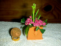 Blumenkasten mit Dekor für die Puppenstube oder Blumenladen/Catrichen 1:12