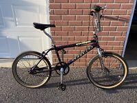 1994 GT DYNO COMPE BICYCLE -Freestyle BMX RARE. Beautiful Purple Splash