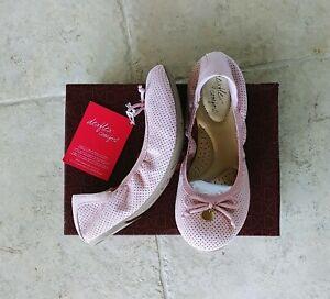 Dexflex Comfort Women's Girls Pink Rose Scrunch Ballet Flat Shoes Size 5.5
