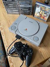 PlayStation 1  inkl. 1 Controller und 18 Spiele.
