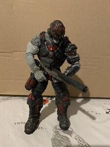 Neca Gears Of War Locust Sniper Drone Version 2 With Golden Hammerburst.
