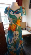 Lovely White Blue Multi Floral Lined Vintage Retro 70s Maxi Dress Fit & Flare 10