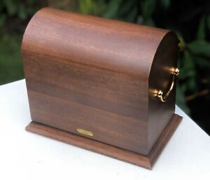 Hillwood RARE Luxury Wooden Urn