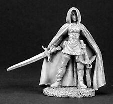 Ashlyn Female Ranger 03129 - Dark Heaven Legends - Reaper MiniaturesD&D Wargame