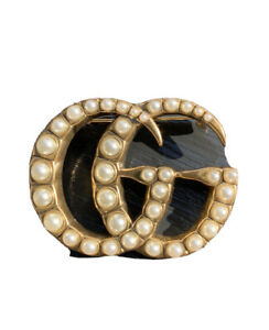 Gucci Pearl Double-G Brooch Iconic Logo