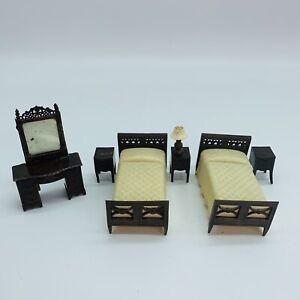 Vintage RENWAL 7 PC BEDROOM SET Dollhouse Furniture Lamp Beds Nightstands Vanity
