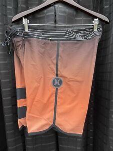 HURLEY  PHANTOM Regular #32 Board Shorts Pre-Owned