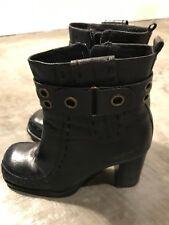 Dollhouse Mujer Cuero Negro Botines Tacones Botas Zapatos - Talla 6