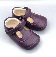 "NEW Clarks ""Little Ida"" Girls Purple Leather Cruising First Shoes UK 2 F"