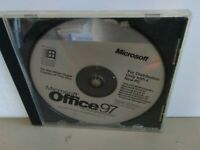 ITHistory (1997) IBM Software: MICROSOFT Office 97 Small Business Ed CD No Man