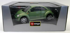Burago 1/18 Scale Diecast VWGRN Volkswagen New Beetle 1998 Green Model Car