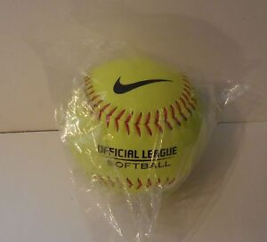 NIKE Official League Softball ASA Fast-pitch 12in. 6.2 oz. Optic Yellow New