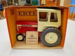 Ertl International IH 560 TOY FARM TRACTOR #409, WITH ORIGINAL BOX
