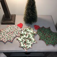 Set of 3 Vintage Handmade Fabric Christmas Quilted Holly Leaves Hot Pads Doilies