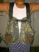 Cabela's camouflage fishing vest. Size S - L reg. Multiple pockets. Flotation