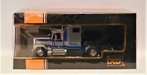 1/43 IXO TR079 1980 GMC General  Silver / Blue Stripes Truck