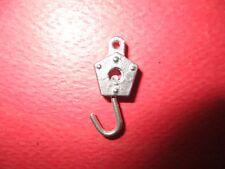 DINKY TOYS Crochet  tournant pour Réf /U 23 et autres crane hook EN WHITE MÉTAL