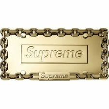 Supreme Chain license plate frame oro New DS Supreme TNF CDG Air Force box logotipo
