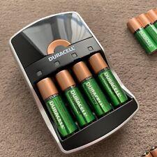 Duracell - Chargeur de piles ultra rapide avec 20 piles incluses