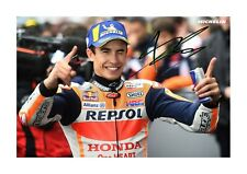 More details for marc marquez a4 reproduction signed photograph poster choice of frame