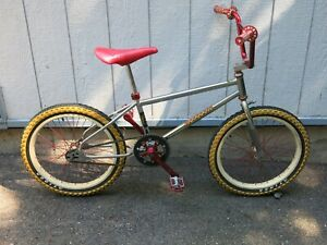 1983 Mongoose BMX Bike Vintage with ACS Z Wheels signed by MIKE BUFF