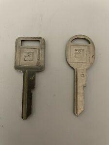 1 Set New GM original key blanks A and B
